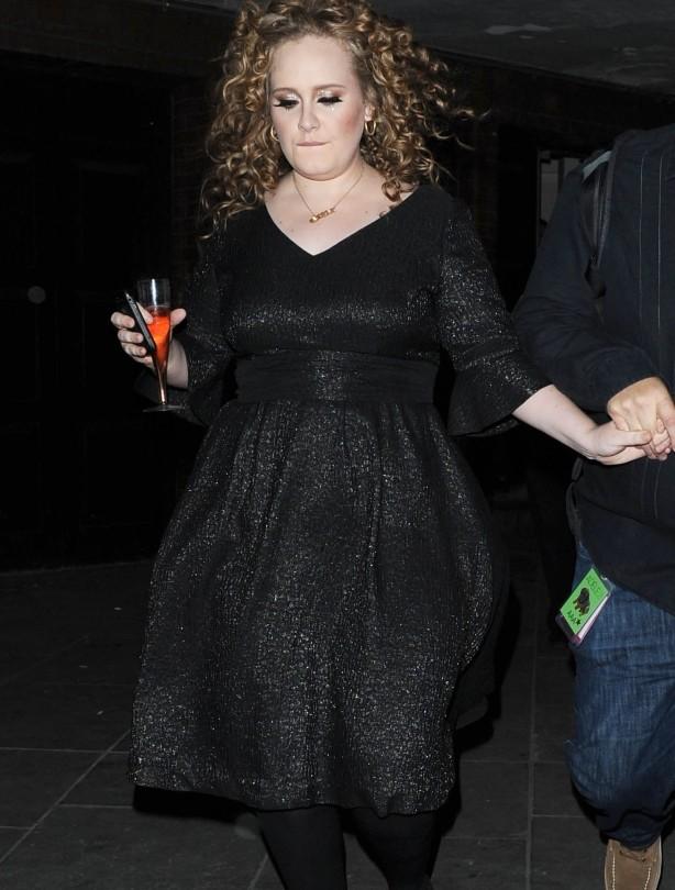 Adele: April 2011