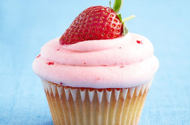 Strawberry lacto free cupcake