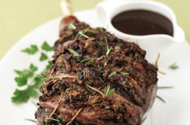 Roast lamb with stuffing