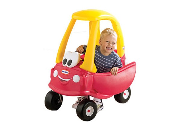 50 outdoor toys for Summer: Little Tikes Anniversary Cozy Coupe