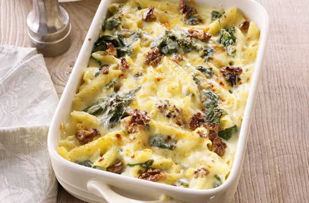 Cheese, spinach and walnut pasta bake recipe - goodtoknow