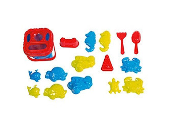 50 outdoor toys for summer: Sand bucket set