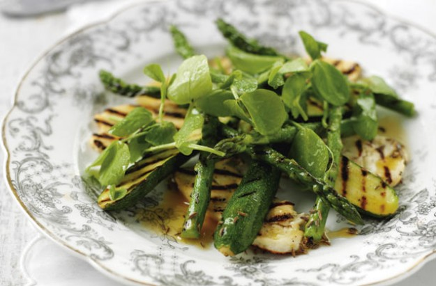 Griddled halloumi, courgette and asparagus