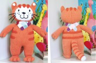 Poppy cat knitting pattern