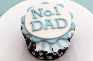 Father's Day Rosette Cupcake