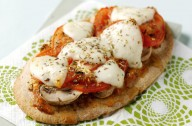 Quick pitta pizzas
