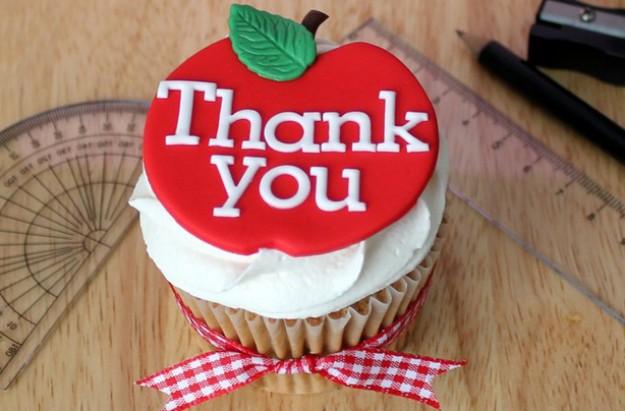 Teachers' thank you cupcakes