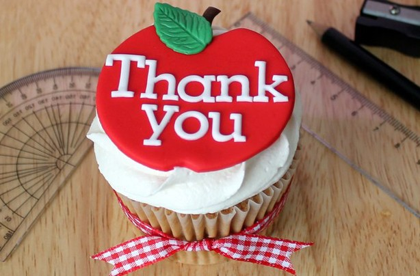 Teachers' thank you cupcakes