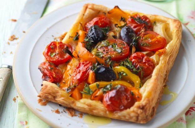 Tomato and pepper galettes