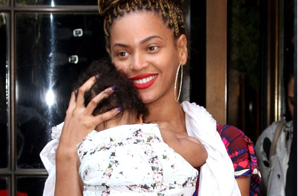 Beyonce-and-Blue-Ivy photo