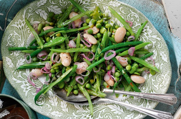 Slimming World's mixed summer bean salad