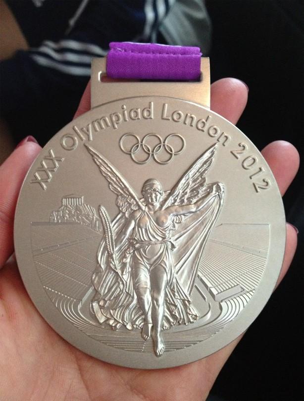 Lizzie Armitstead's medal