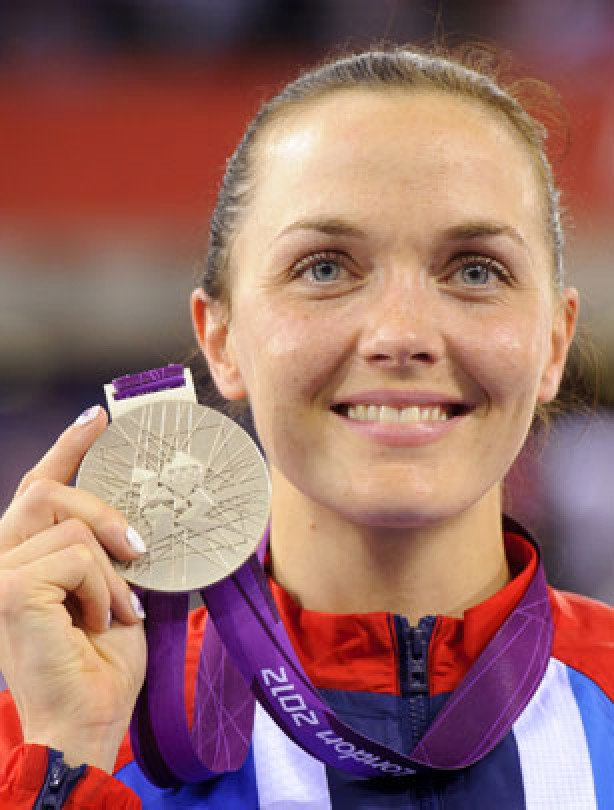 Victoria Pendleton takes the silver
