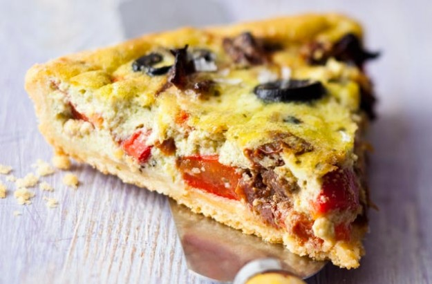 Rosted red pepper quiche
