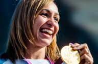 Jessica Ennis with gold medal