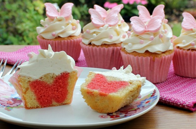 Hidden shape cupcakes