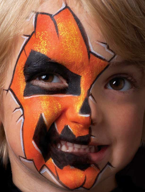Pumpkin face paint for Halloween