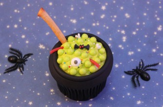 Cauldron cupcakes | Halloween cupcake recipe