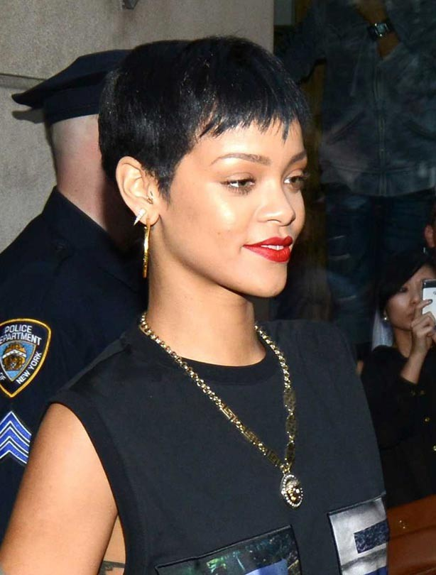 Short haircuts - Rihanna