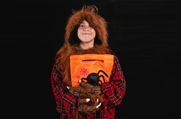 Make your own Halloween costumes: Werewolf costume