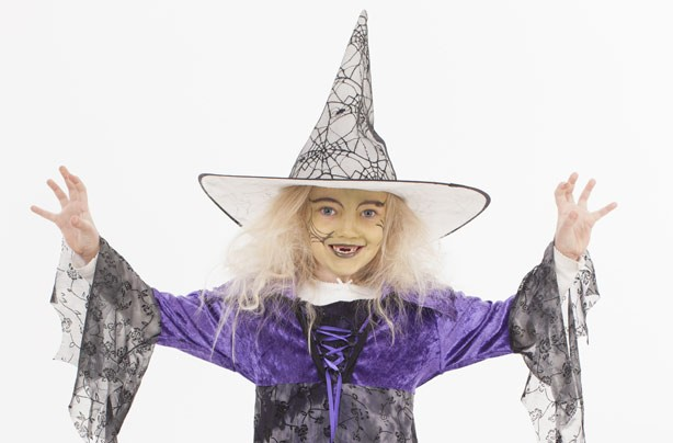 Make your own Halloween costumes: Witch costume
