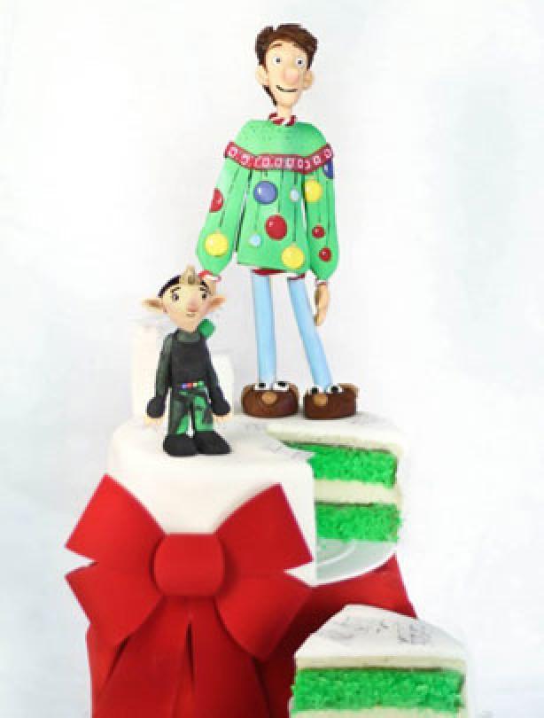 Making Arthur Christmas cake
