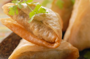 50 quick and easy canapes samosas goodtoknow for Canape fillings indian