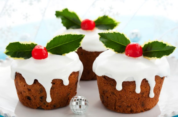 Mini Christmas cakes recipe - goodtoknow