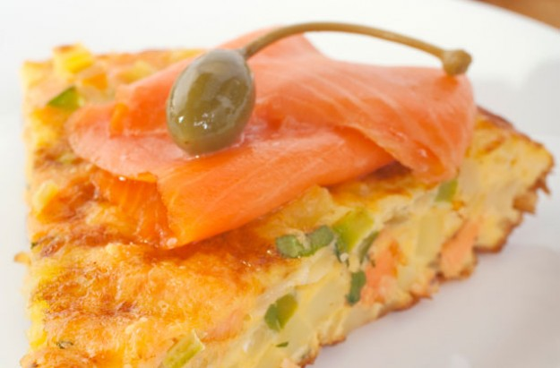 Hot smoked salmon frittata