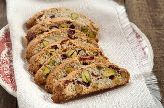 Cherry and pistachio Biscotti recipe