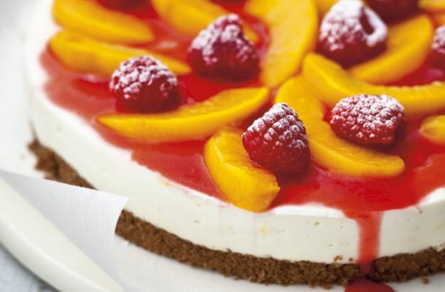 Peach melba cheesecake