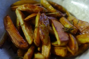 Easy BBQ sauces and sides - Rosemary garlic chips - goodtoknow