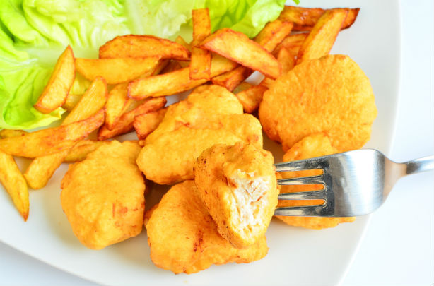 Homemade chicken nuggets recipe - goodtoknow
