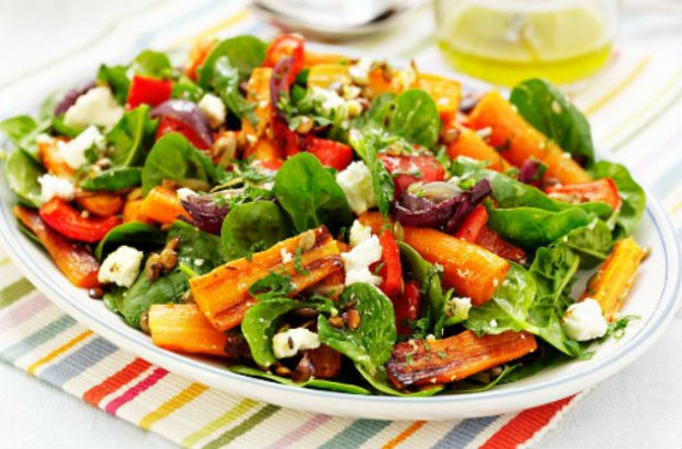 Autumnal roast carrot pepper and red onion salad