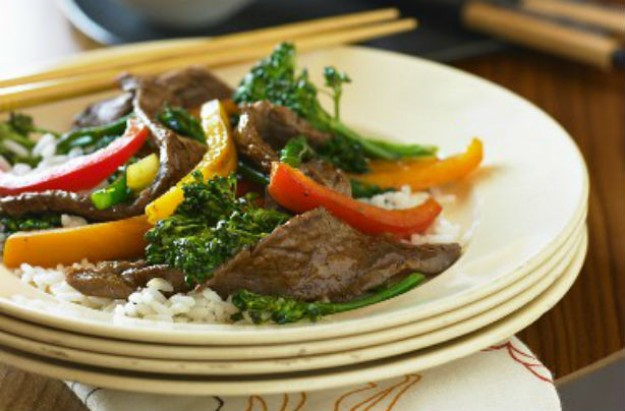 Oyster beef and fine stem broccoli stir-fry