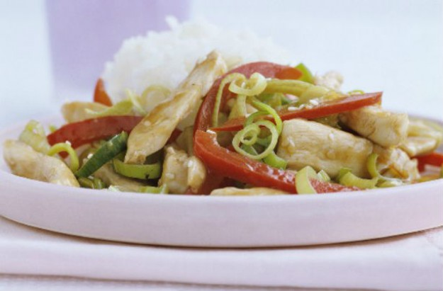 Sesame chicken and sweet pepper stir fry
