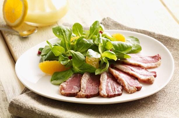 Oriental duck salad
