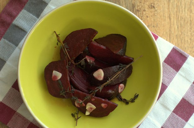 Balsamic beetroots