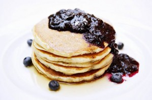 Pancakes with blueberry and cardamom compote