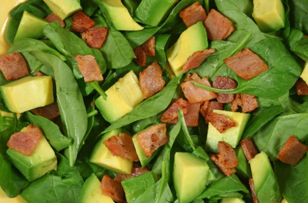 Avocado and bacon salad