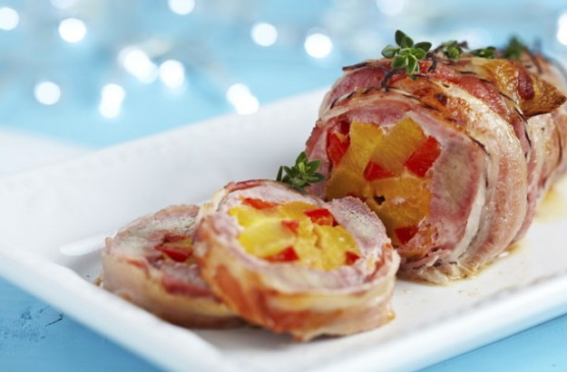 Pork stuffed with pineapple and pepper