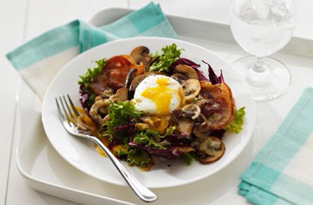 Warm mushroom and poached egg salad