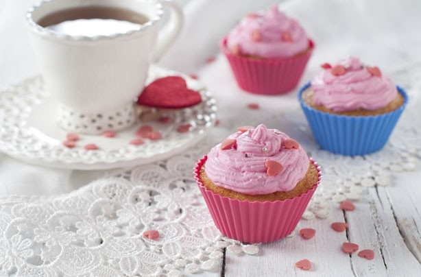 Strawberry kisses cupcakes