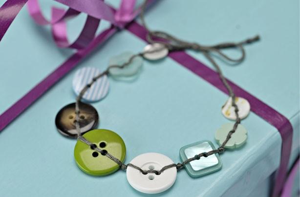 Buttons as bracelets