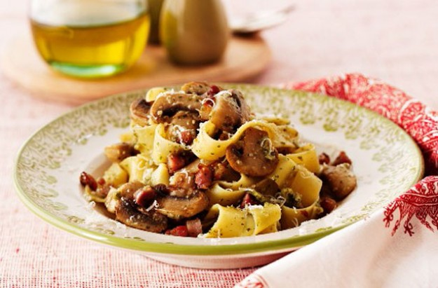Mushroom and bacon pappardelle