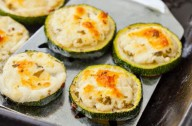 Grilled courgettes with feta