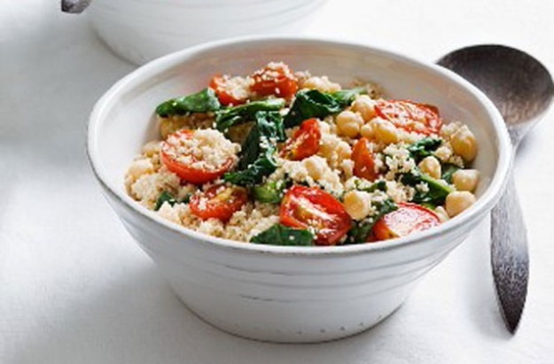 Spinach and chickpea couscous