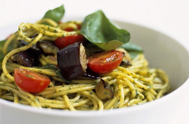Aubergine and pesto spaghetti
