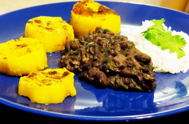 Spicy squash with black beans