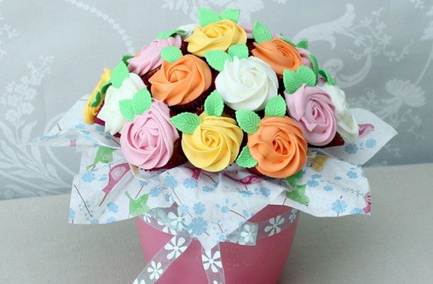 Cupcake Bouquet Cake Holders